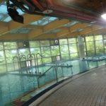 夏は屋外のウォータースライダー、冬でも室内プールが楽しめる 台北の公営プール 洛德城堡 ROAD CASTLE